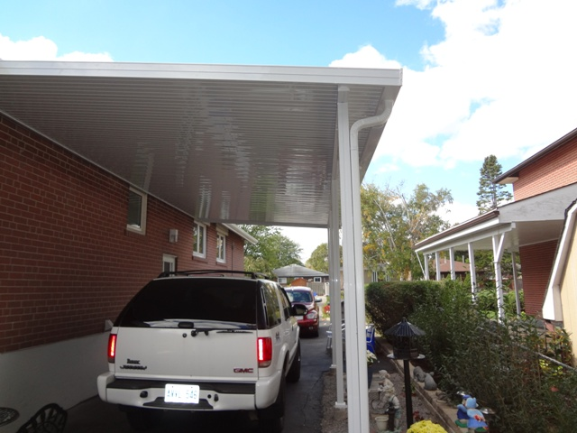 "contemporary 8"" panel, flat bottom, installed under the fascia board"
