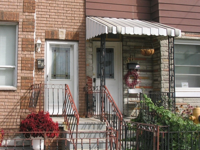 townhouse_awning