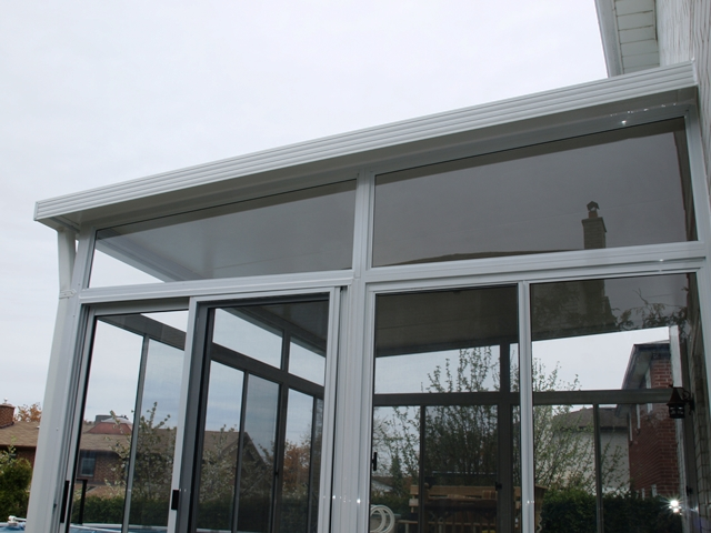 Three seasons aluminum sunroom detail