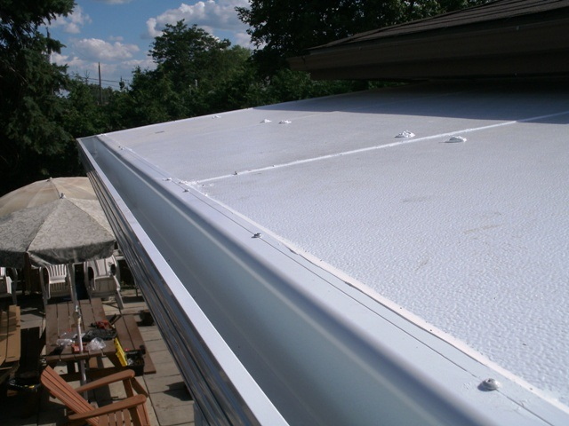 top view of integral gutter.