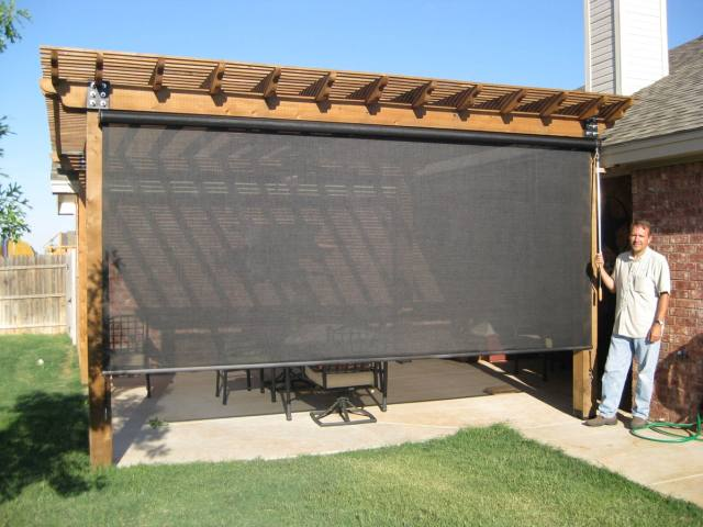 manual retractable screen